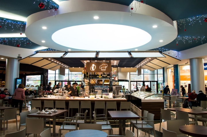 Bar gelateria norcineria iper rossini by afa arredamenti for Arredamenti pesaro