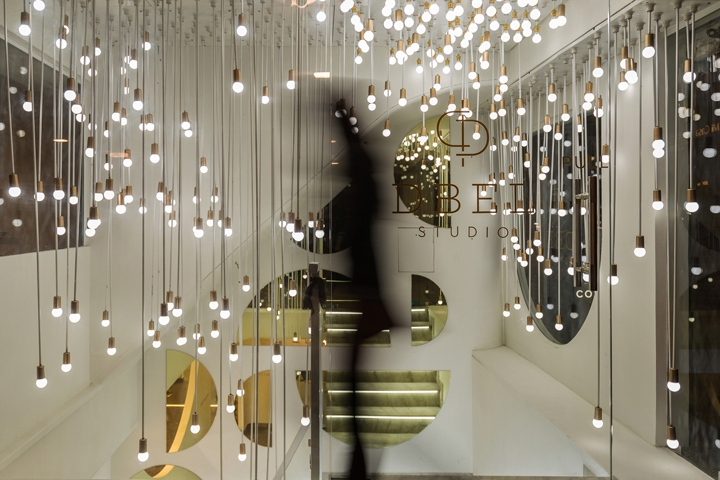 The Light Art Gallery By Renesa Architecture Design Interior India,Chase Credit Card Designs