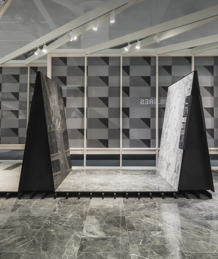 Temporary Outlet Mobili Bologna.Kale S A Switch Of Mind Stand At Cersaie 2017 By Paolo