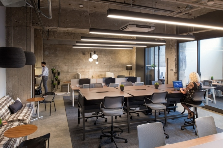 Sr collective coworking offices by scott rice kansas city for Office design kansas city