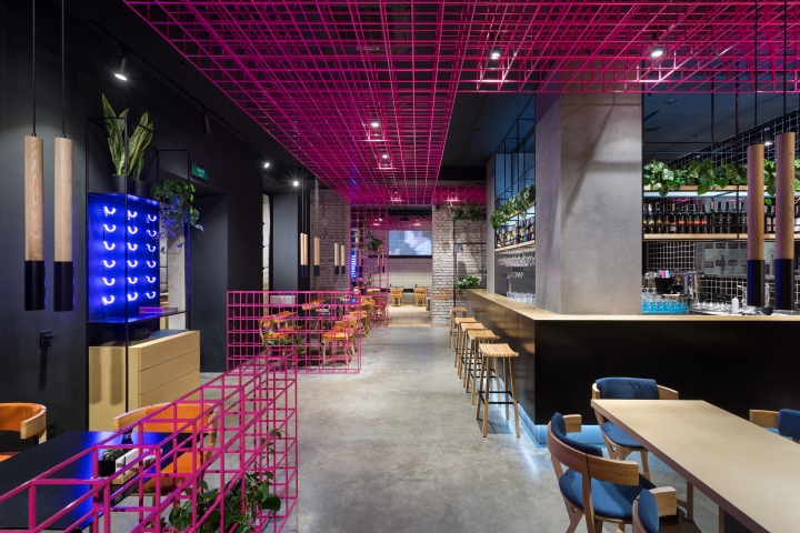 Yaposhka restaurant by canape kharkiv ukraine retail for Canape restaurant