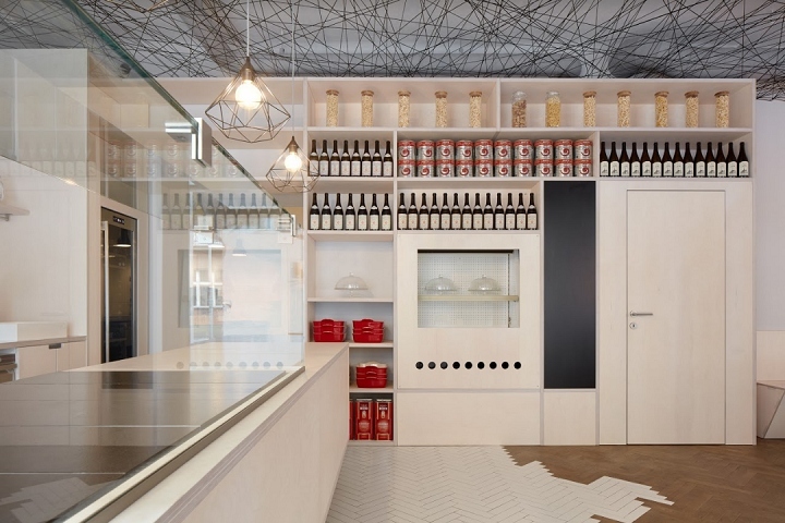 捷克布拉格Lasagneria小酒馆设计
