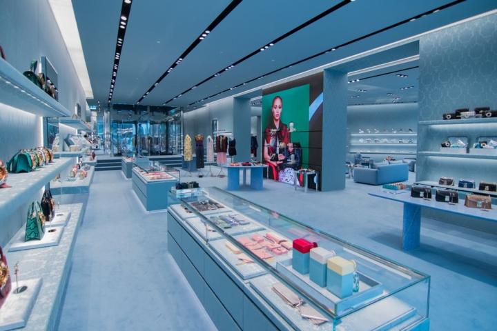 Miu miu boutique dubai uae retail design blog for Dubai boutique