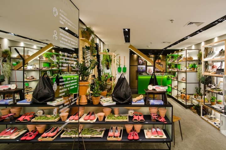 29c1776c7a84 Outer Shoes store by Kube Arquitetura