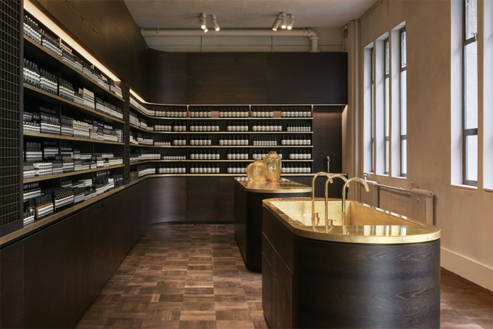 The Interior Design, Created By Auckland Based Architecture Practice Knight  Associates, Sees An Infusion Of Timber, Captured By A Sales Counter And A  Sink ...