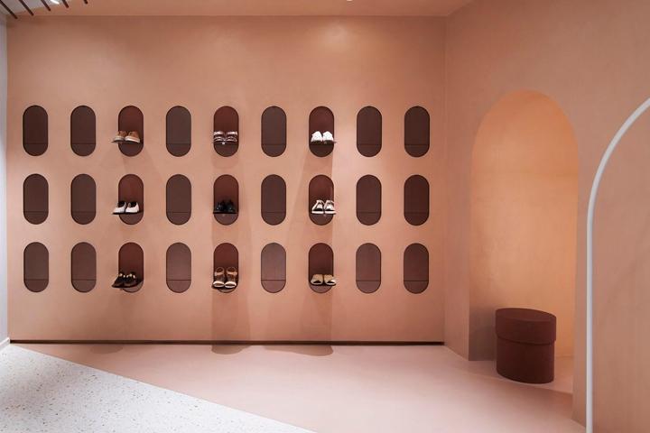 意大利女性时尚品牌Alysi店面设计