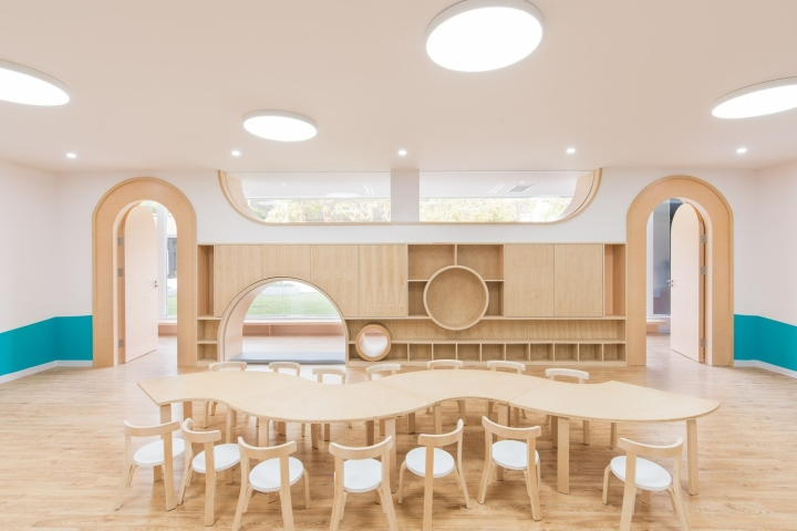 Early Education Center Near The Horse Farm By L Amp M Design