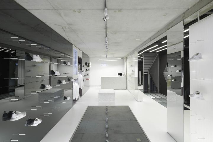 德国康斯坦茨SLFT鞋店设计