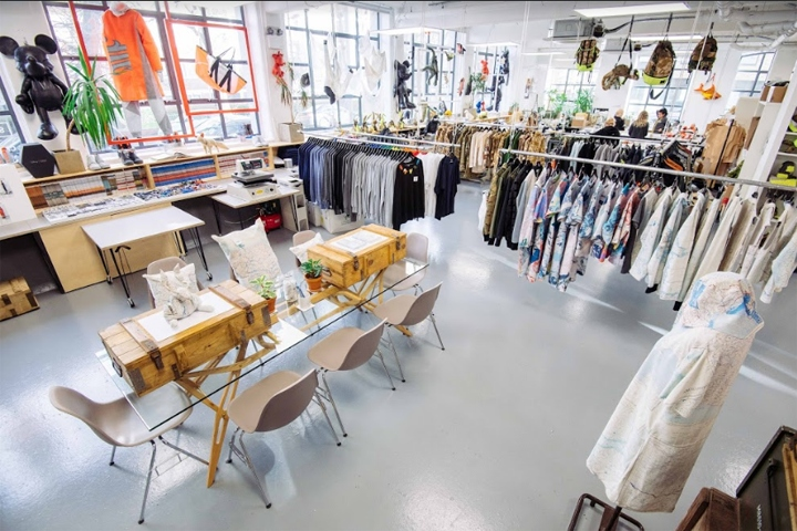 SI设计 | 英国伦敦Christopher Raeburn女装店设计
