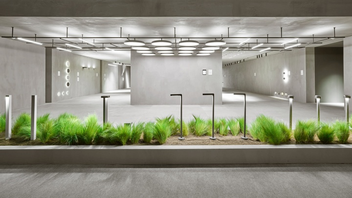 Exhibition Stand Lighting Nz : Flos installation by vincent van duysen at light