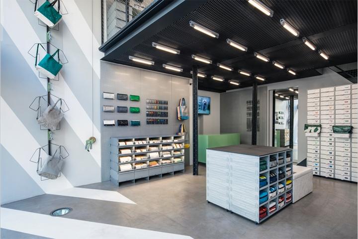 SI设计 | 荷兰Freitag皮具店设计