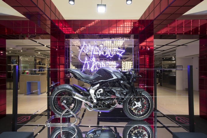 2d066d30be Philipp Plein pop-up store by Claudio Pironi