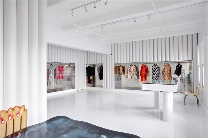 3730ed4fd5 dot COMME store by Sibling Architecture