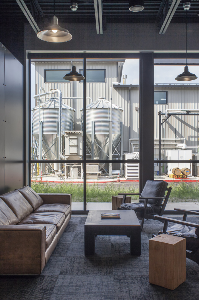 10 barrel brewing co offices by scott edwards architecture. Black Bedroom Furniture Sets. Home Design Ideas