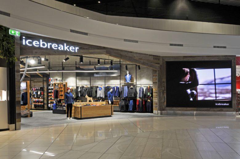187 Icebreaker Auckland International Airport