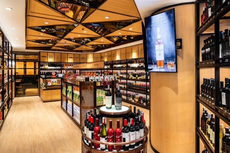 店面设计|用餐和零售两不误,印尼Red & White 酒屋店面设计