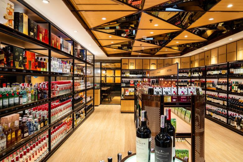 店面设计 | 印尼Red & White酒类专卖店设计