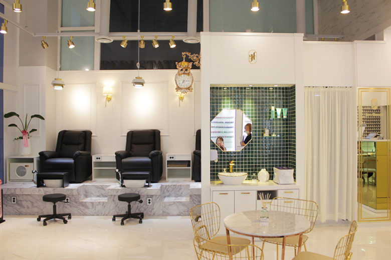 White Marble And Gold Frame Style Nail Salon Interior By