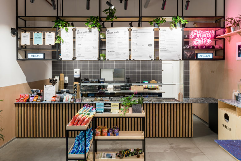 空间设计 | 伦敦Lords of Poké 咖啡厅设计