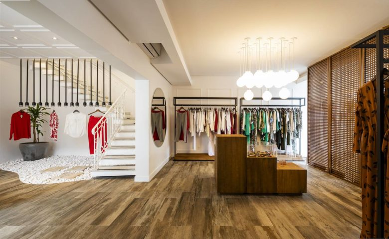 服装店设计|MaçãcomCanela服装店面设计