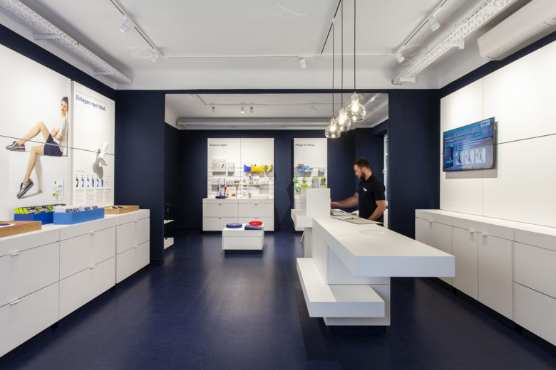 连锁设计 | 德国SEEGER医疗用品连锁店设计